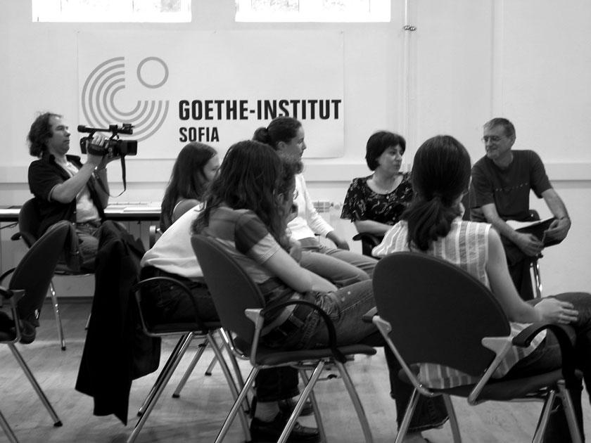 The participants discussing and presenting what they imagined.