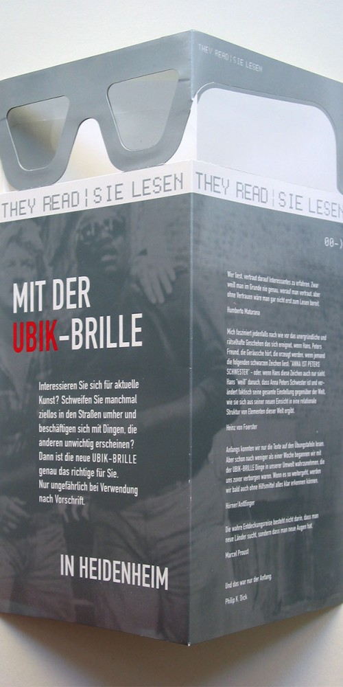 They Read/Sie Lesen